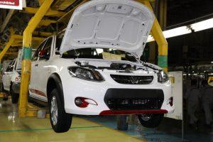 با این وضعیت قیمت بالای دلار چه بر سر خودروسازی کشور میآید؟