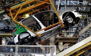 اخذ تصمیم نهایی برای صنعت و بازار خودرو؟!