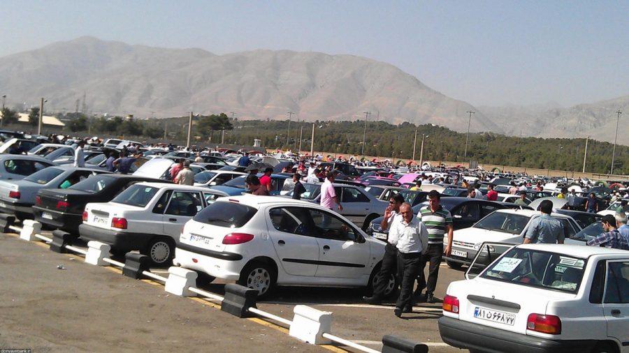 ادامه کاهش نرخ خودرو در بازار با وجود افزایش قیمت کارخانه!