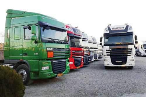 ماجرای توقف کامیونهای 3 سال ساخت در گمرک